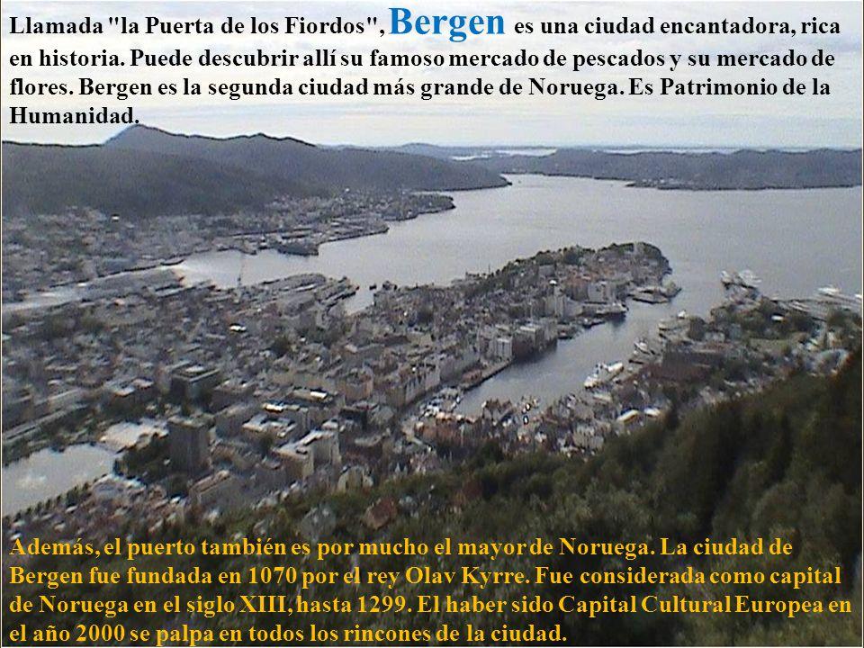 El complejo, de más de 700 años, ha sobrevivido a varios asedios, pero nunca ha sido conquistada por la fuerza por un ejército extranjero.