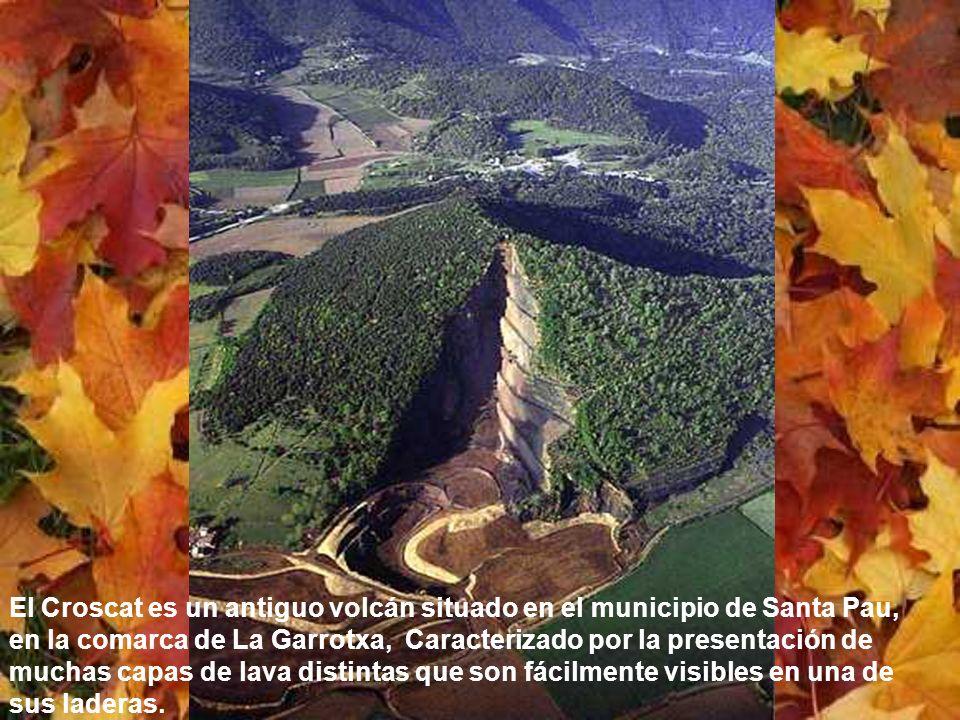 El parque Natural de la Zona Volcánica de la Garrotxa es el mejor ejemplo de paisaje volcánico de la península ibérica y uno de los más importantes de