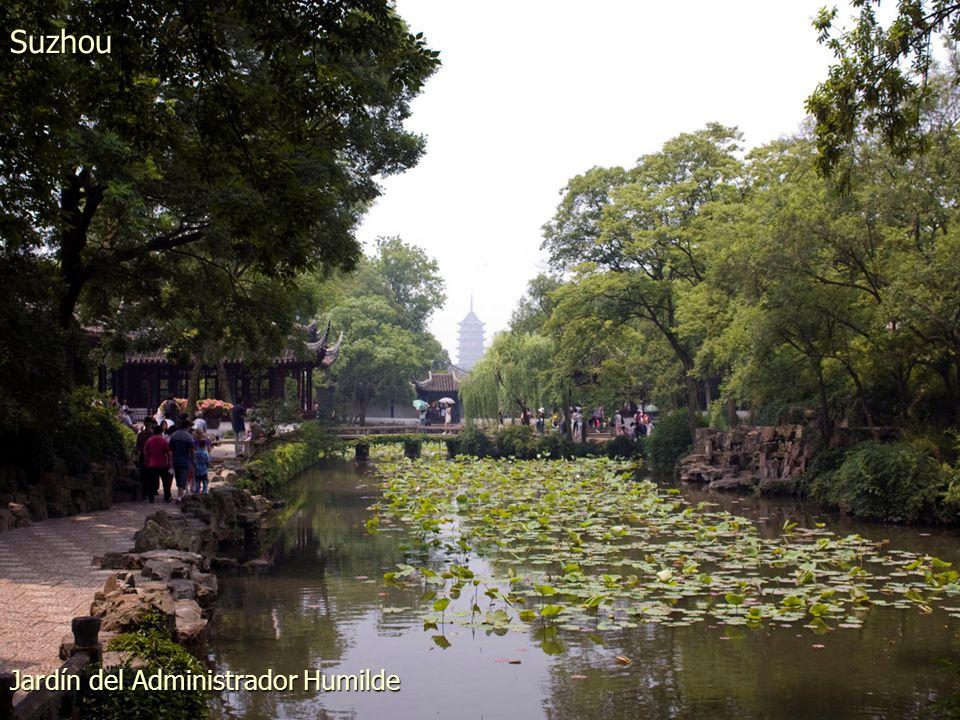 Pagoda de la Roca Nublada en la Colina del Tigre Suzhou