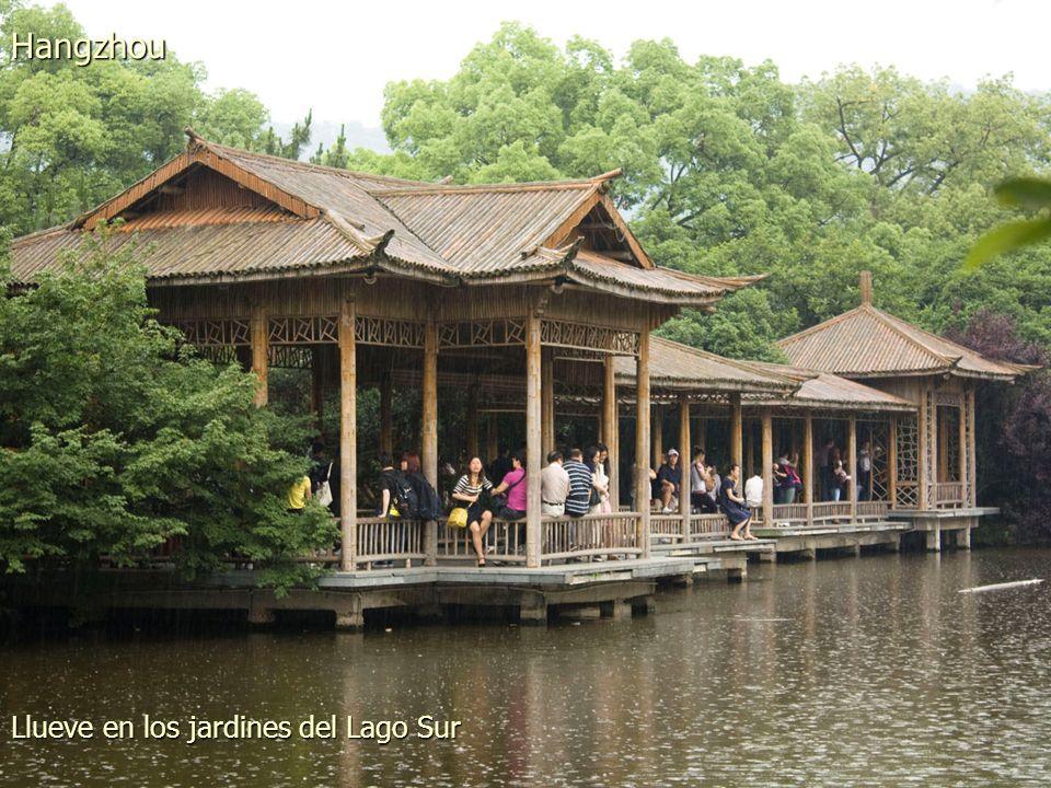 Pagoda de Leifeng en el Lago del Oeste Hangzhou