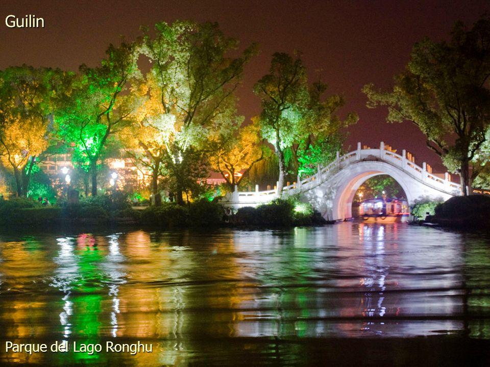 Guilin Parque del Lago Ronghu
