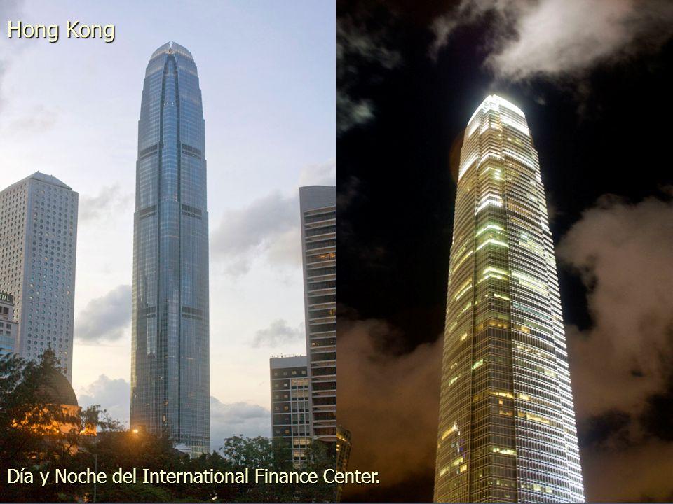 Nuevos edificios de viviendas de 50 plantas en la isla de Lantau Hong Kong