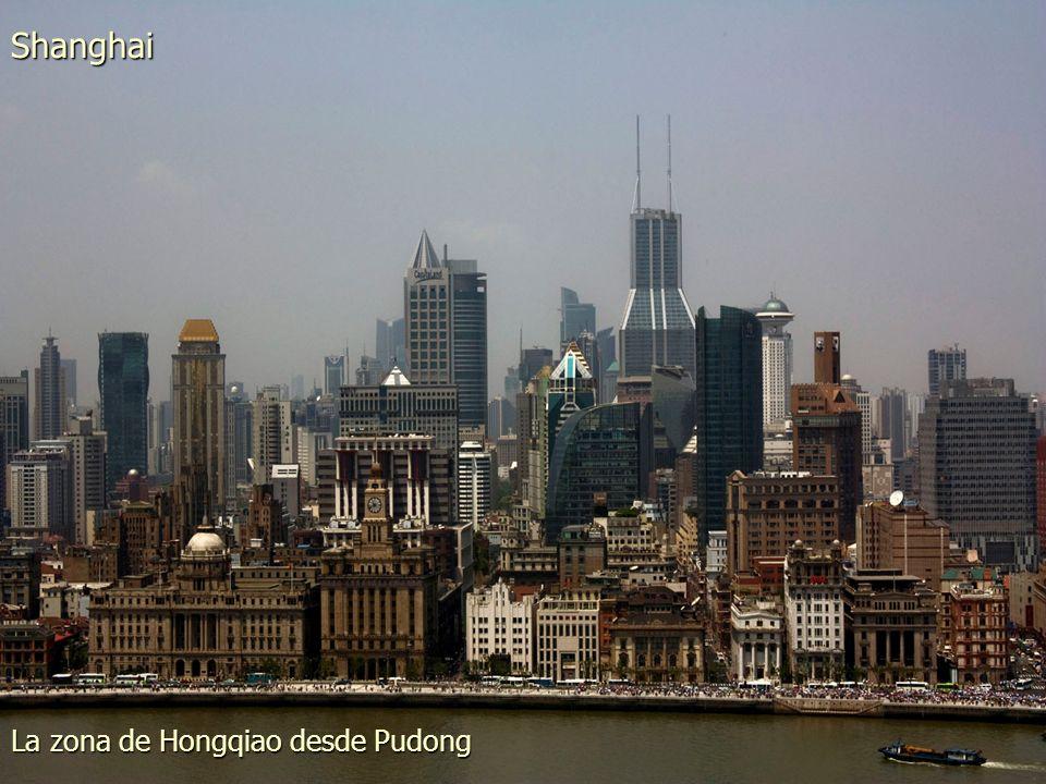 El Gran Canal que rodea la ciudad Suzhou