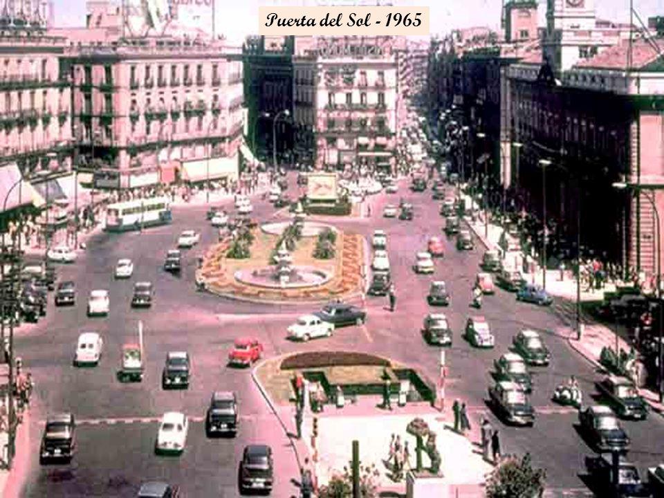 Al fondo el puente de Ventas, a la izquierda el parque Fuente del Berro, de frente la actual calle Odonnell - 1965