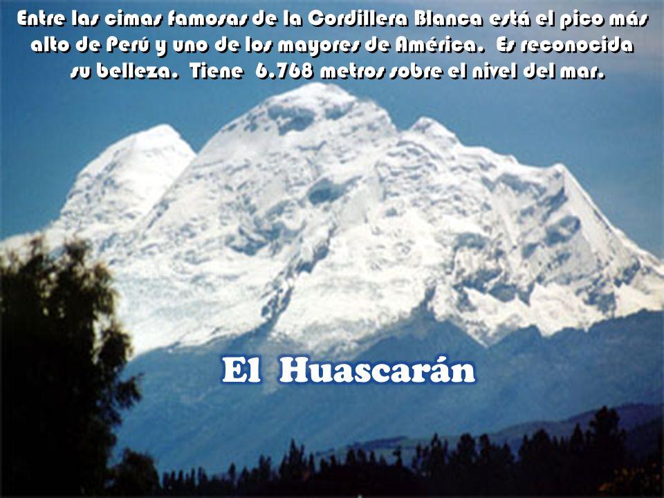 Encerrado entre la Cordillera Blanca y la Cordillera Negra está el Callejón de Huaylas de paradisiaco paisaje. Extenso valle andino. Encerrado entre l