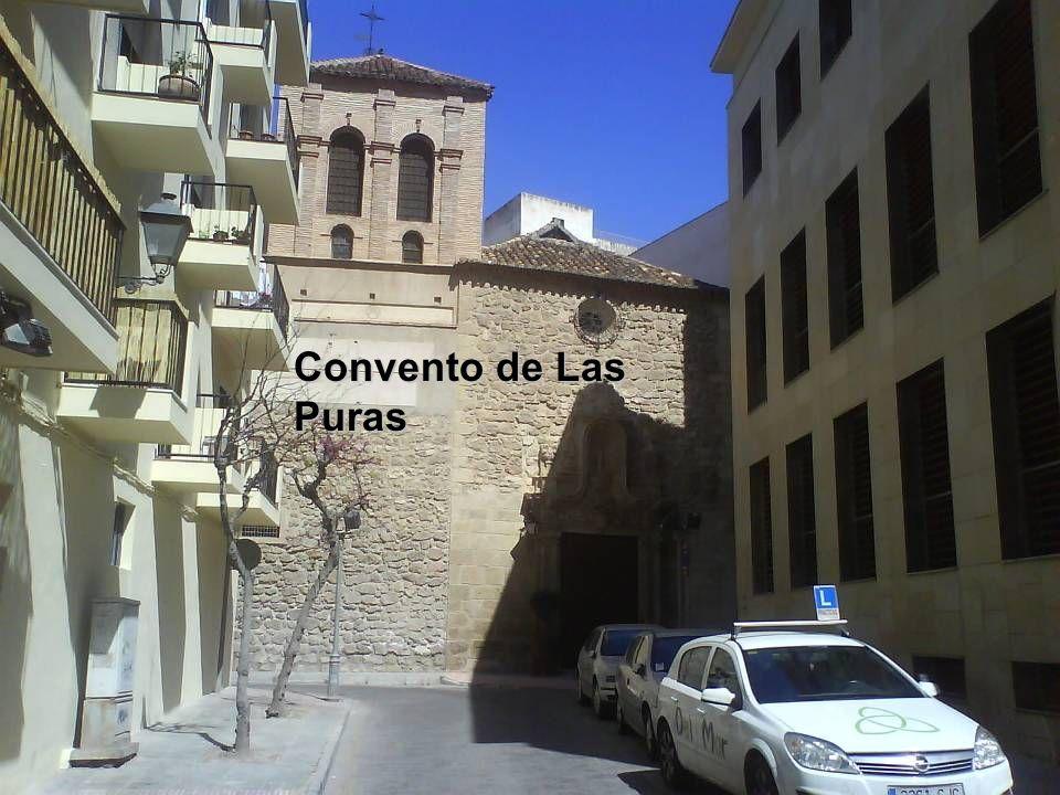 Catedral; aspilleras de la fortaleza