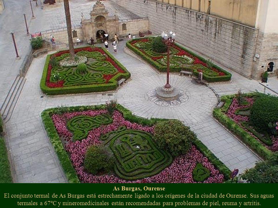 As Burgas, Ourense El conjunto termal de As Burgas está estrechamente ligado a los orígenes de la ciudad de Ourense. Sus aguas termales a 67ºC y miner