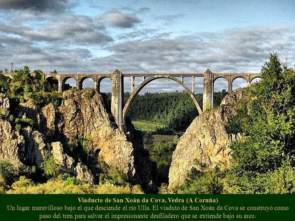Viaducto de San Xoán da Cova, Vedra (A Coruña) Un lugar maravilloso bajo el que desciende el río Ulla. El viaduto de San Xoán da Cova se construyó com