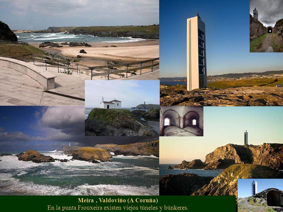 Meira, Valdoviño (A Coruña) En la punta Frouxeira existen viejos túneles y búnkeres.