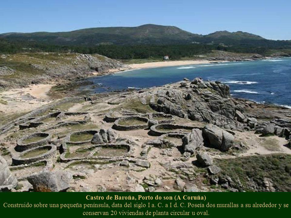 Castro de Baroña, Porto do son (A Coruña) Construido sobre una pequeña península, data del siglo I a. C. a I d. C. Poseía dos murallas a su alrededor