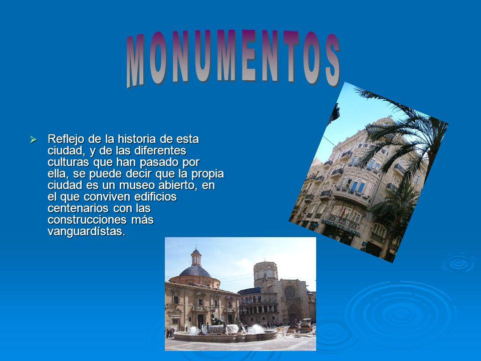 La ciudad cuenta con la Lonja de la Seda (1482- 1498), monumento declarado Patrimonio de la Humanidad en 1996, que puede ser la obra más representativa del gótico civil en Europa.
