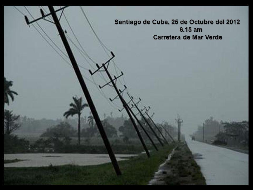 Gran destrucción en Santiago de Cuba. Gran destrucción en Santiago de Cuba. El huracán Sandy, con categoría 2 en la escala Saffir-Simpson, tocó tierra