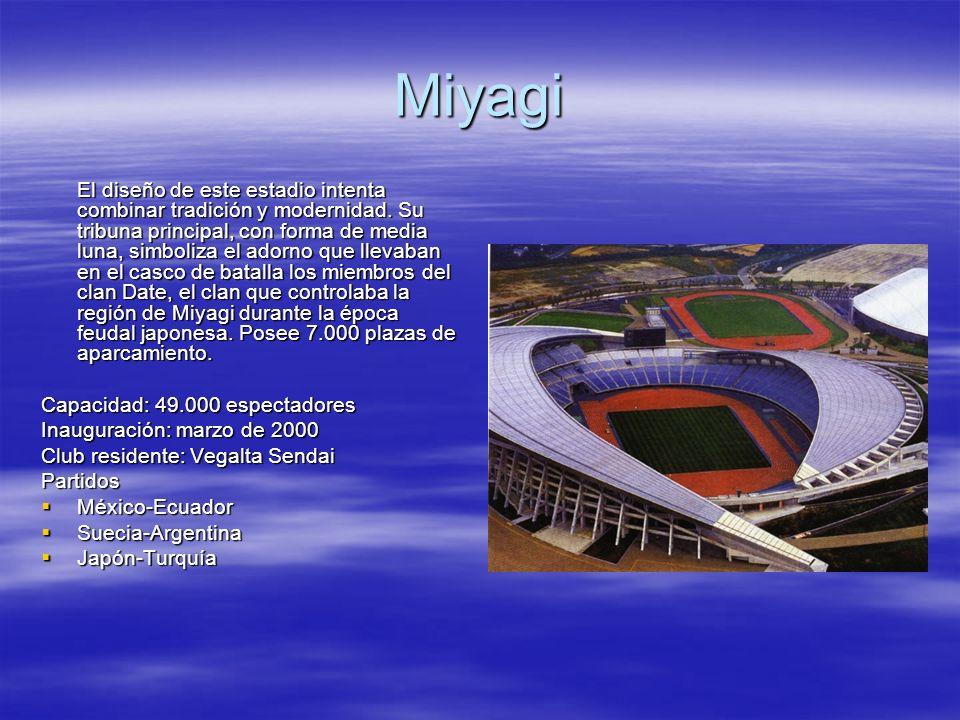 Miyagi El diseño de este estadio intenta combinar tradición y modernidad. Su tribuna principal, con forma de media luna, simboliza el adorno que lleva