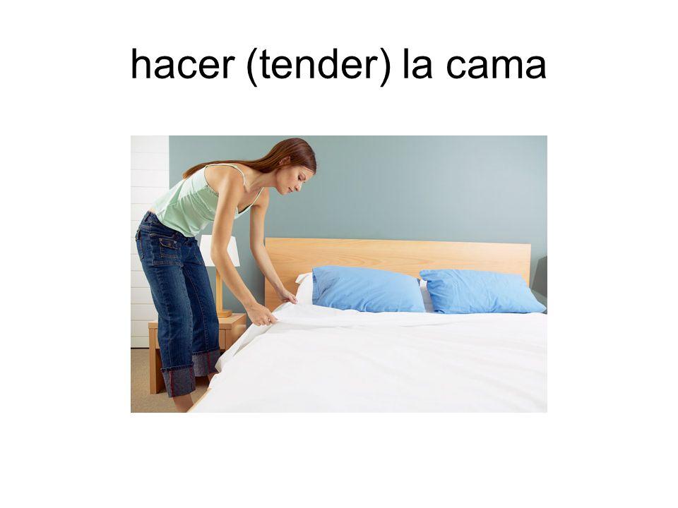 hacer (tender) la cama