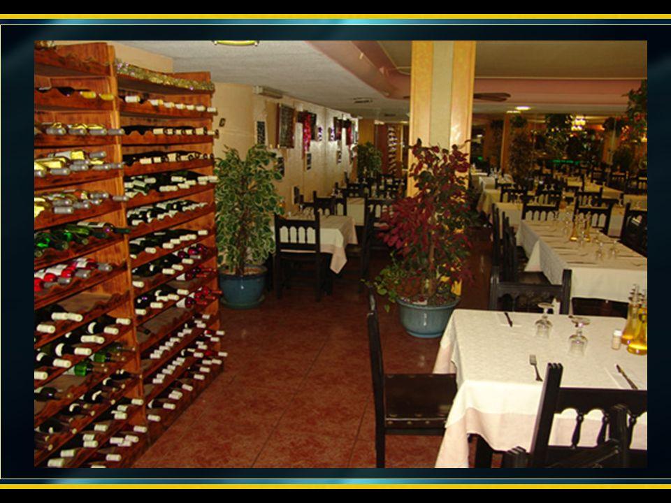 Por la noche tenemos la cena Oficial de la kdd, en el restaurante Casa Luís donde haremos una degustación de especialidades canarias, para posteriorme