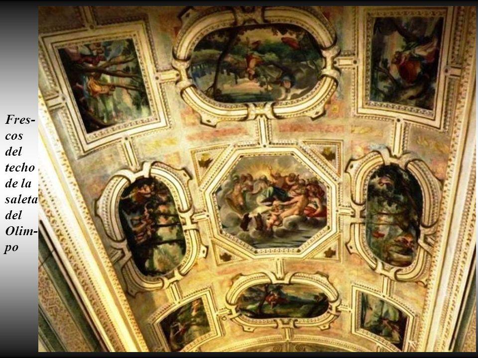 Frescos de la primera sala de linajes