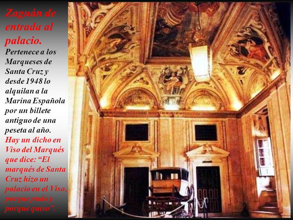 Fachada principal del Palacio