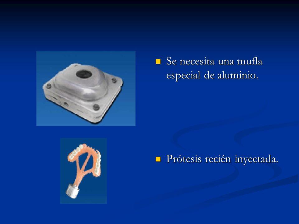 Preparación del modelo para su duplicado: La prótesis flexible comienza con un modelo de diagnóstico preciso.