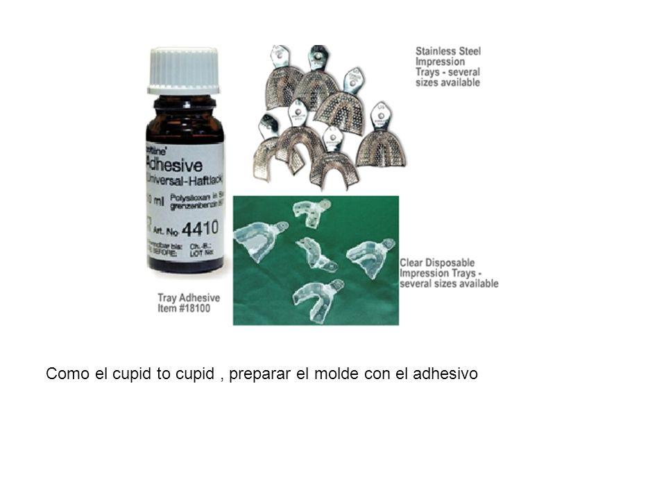 Como el cupid to cupid, preparar el molde con el adhesivo