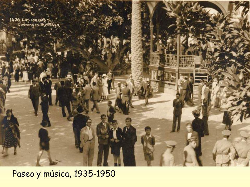Ambos autores mencionan a don Agustín Hernández Sánchez (Las Palmas de Gran Canaria 1881-1960), director que lo fue, no solo de la Banda Municipal sin