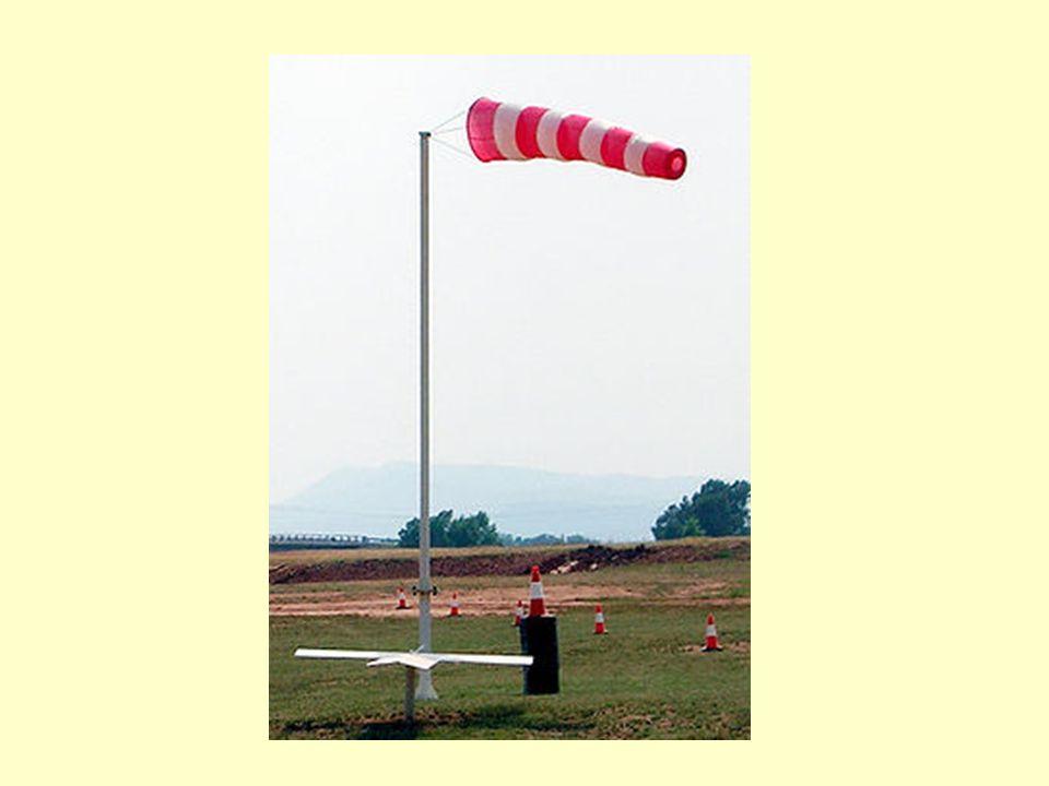 La manga de viento o anemoscopio en lenguaje técnico, (calcetín windsock en inglés, literalmente calcetín de viento ), es un utensilio diseñado para indicar la dirección y fuerza del viento respecto la horizontal del suelo (el peligroso viento lateral en autopista o carretera a partir de cierta velocidad, da también una idea aproximada de la velocidad del viento según el nivel de hinchado y la inclinación del cono:viento lateral autopista Cono vertical => viento flojo Cono 45 º => viento considerable Cono horizontal => viento fuerte