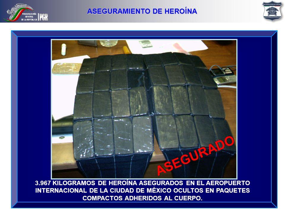 3.967 KILOGRAMOS DE HEROÍNA ASEGURADOS EN EL AEROPUERTO INTERNACIONAL DE LA CIUDAD DE MÉXICO OCULTOS EN PAQUETES COMPACTOS ADHERIDOS AL CUERPO. ASEGUR