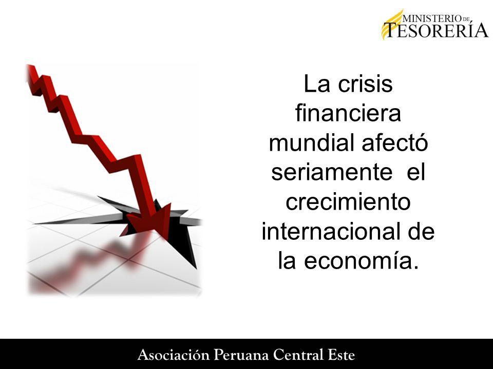 La crisis financiera mundial afectó seriamente el crecimiento internacional de la economía.
