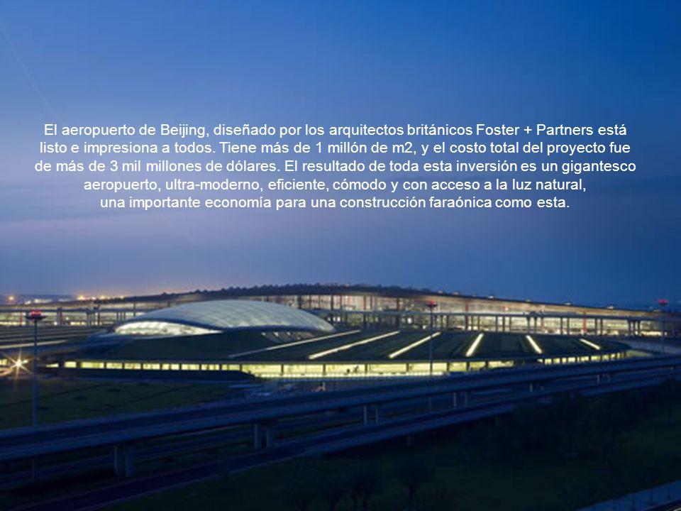 El aeropuerto de Beijing, diseñado por los arquitectos británicos Foster + Partners está listo e impresiona a todos.