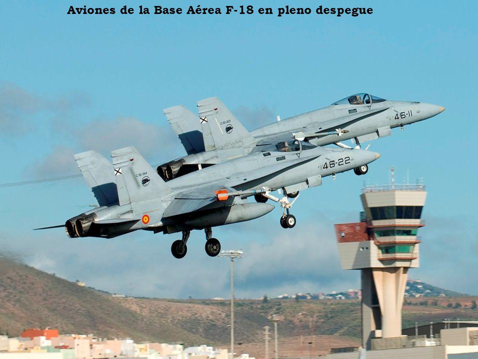 Aterrizaje de un Boeing A-340 de Iberia