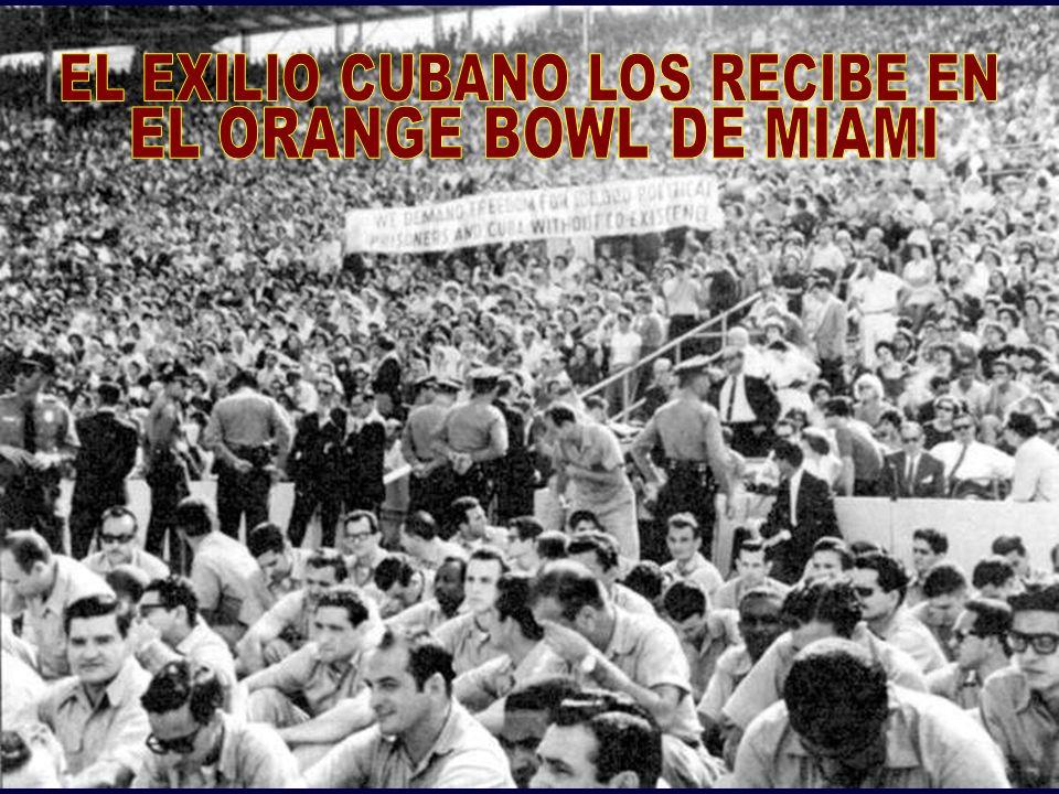 LOS BRIGADISTAS DEL 17 DE ABRIL DE 1961 RETORNAN A LOS EEUU TRAS UN BOCHORNOSO INTERCAMBIO
