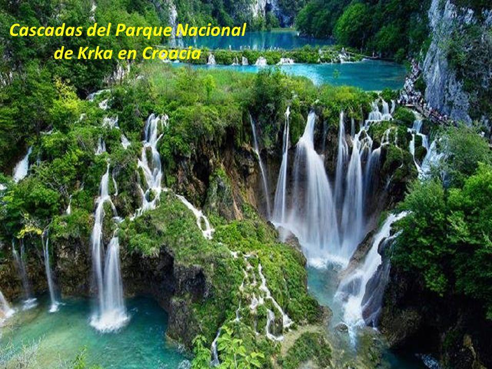 Cascadas del Parque Nacional de Krka en Croacia