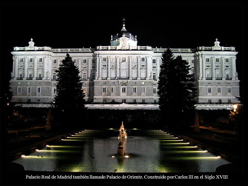 Palacio Real y Catedral de la Almudena desde la montaña de Príncipe Pío