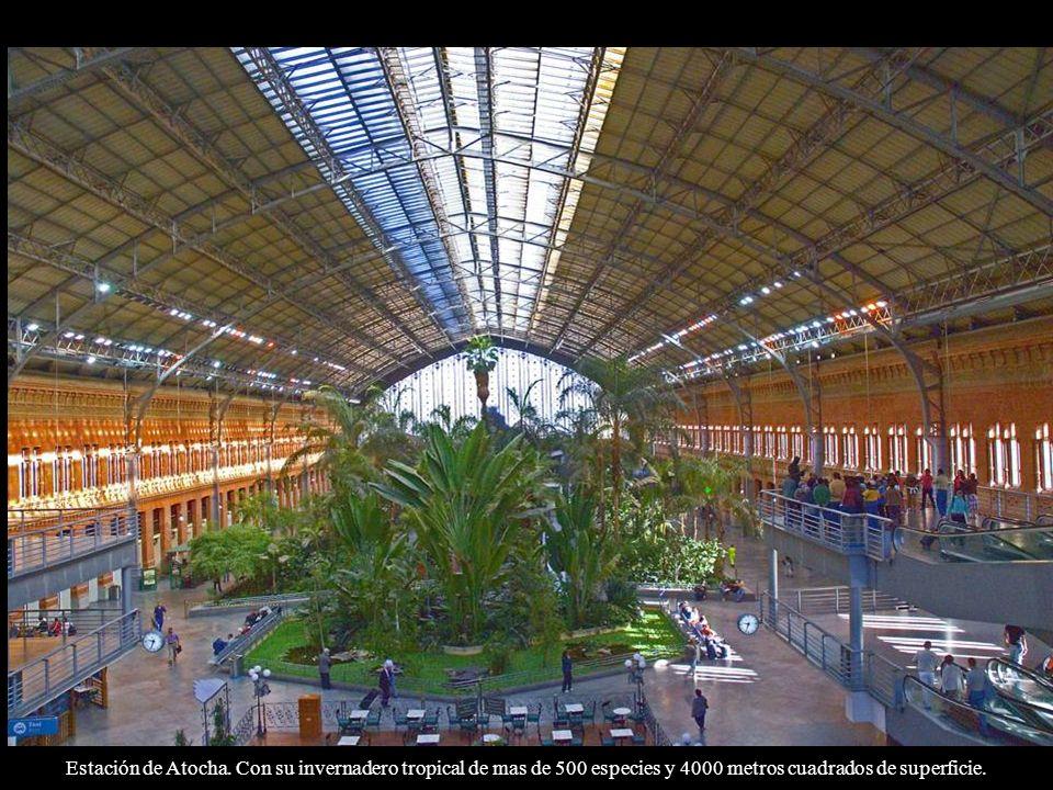 Estación de Atocha: Fachada del 1888. Alberto de Palacio, colaborador de Gustave Eiffel.