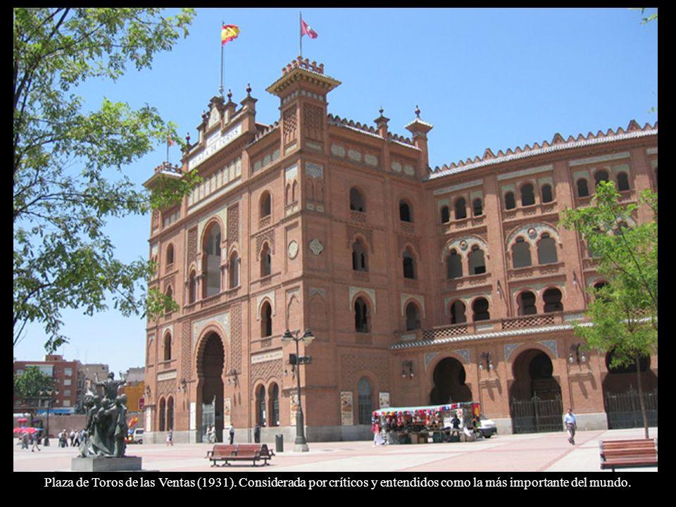 Biblioteca Nacional fundada por Felipe V en 1712 contiene 17 millones de documentos.