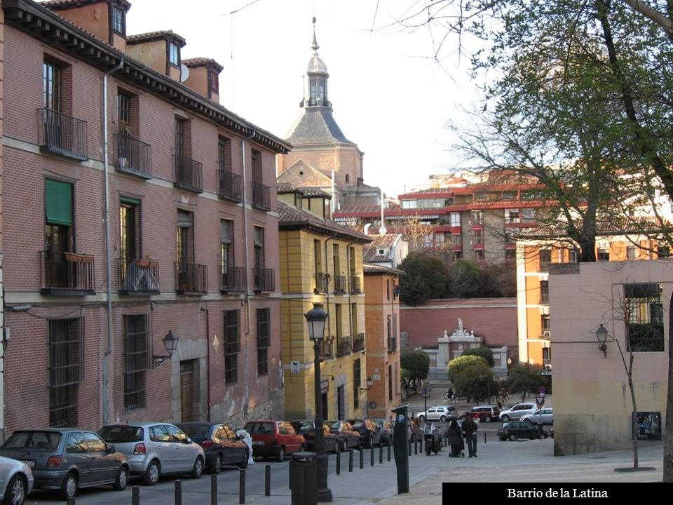 Puerta de Alcalá (1778), Antiguo acceso a la ciudad. Reinado de Carlos III.