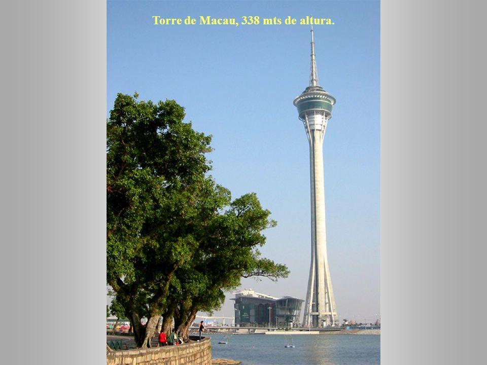 Show en la fuente de agua del Macau Wynn Resorts.