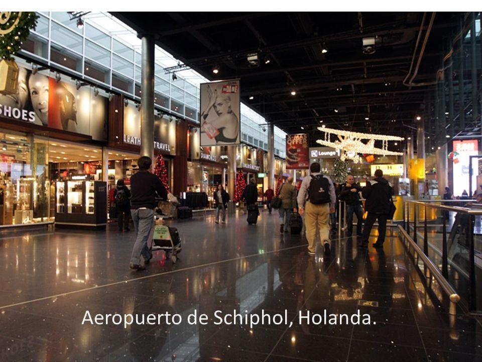 Aeropuerto de Schiphol, Holanda.