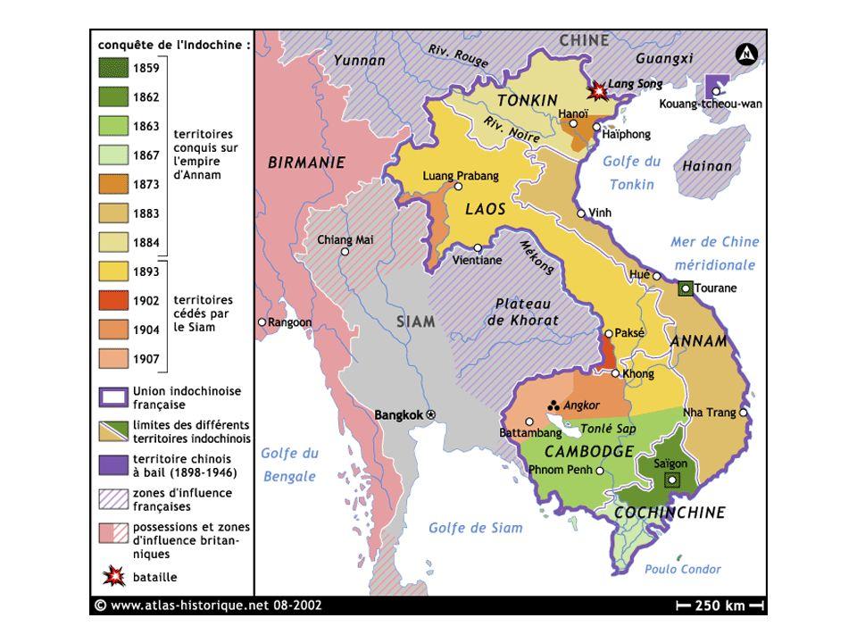 Francia estimuló el cultivo del opio especialmente en la etnia Hmong Tou Li Fong, un jefe de la etnia laosiana Hmongs (Meos) Antes los laosianos han fumado siempre muy poco.