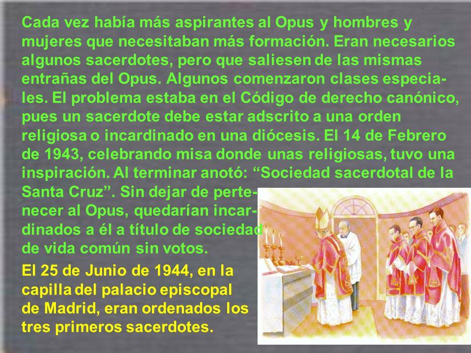 Las críticas y contradicciones contra el Opus Dei acompañarán toda la vida del santo. En esta época se acrecentaron, especialmente en Barcelona. Mucha