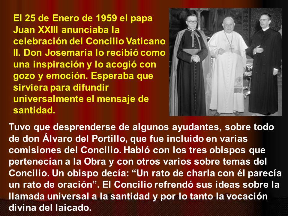 Pensó que sería muy oportuno para el apostolado disponer de una universidad. Pensó en Pamplona. Y desde 1951 estuvieron haciendo planes y proyectos. A