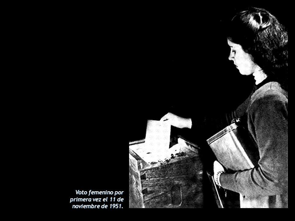 Voto femenino por primera vez el 11 de noviembre de 1951.