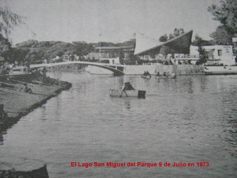 El Lago San Miguel del Parque 9 de Julio en 1973.