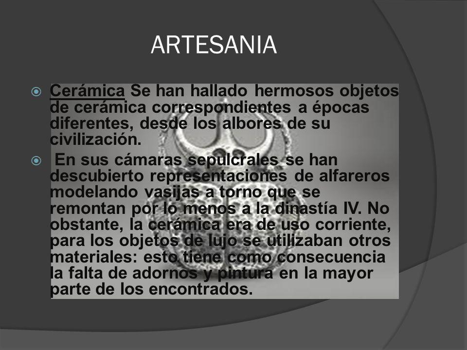 ARTESANIA (cerámica) La cerámica esmaltada se usó ya en la construcción de la Pirámide escalonada de Saqqara (c.