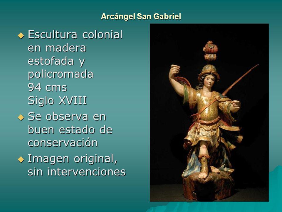 Arcángel San Gabriel Escultura colonial en madera estofada y policromada 94 cms Siglo XVIII Escultura colonial en madera estofada y policromada 94 cms