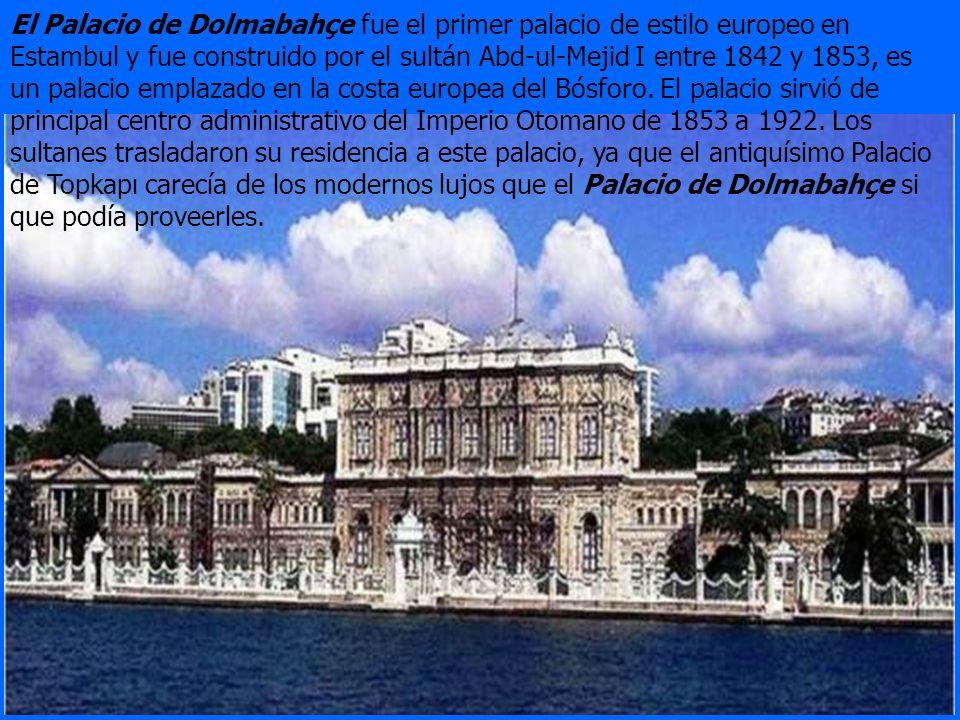 El palacio de Beylerbeyi fue construido entre 1861-1865 por el Sultan Abdulaziz y está situado en la parte asiática de Estambul en frente del Bosforo.