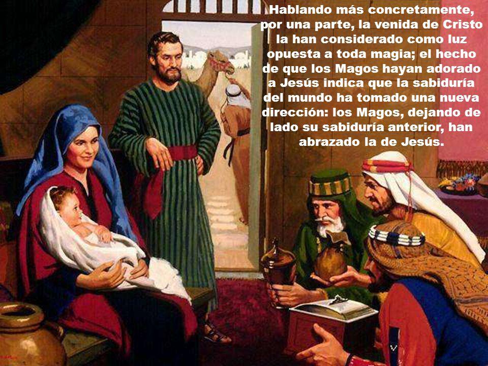 Dejando de lado lo de si el relato de los Magos sea histórico o no más bien parece que no, Mateo quiere aclarar el pensar y la fe de su comunidad cris