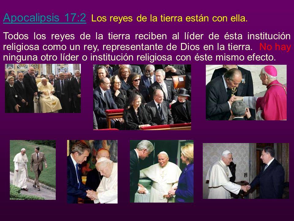 Apocalipsis 17:2 Apocalipsis 17:2 Los reyes de la tierra están con ella.
