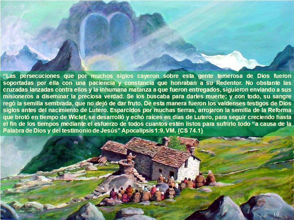 18 Trabajando con paciencia y tenacidad en profundas y oscuras cavernas de la tierra, alumbrándose con antorchas, copiaban las Sagradas Escrituras, ve
