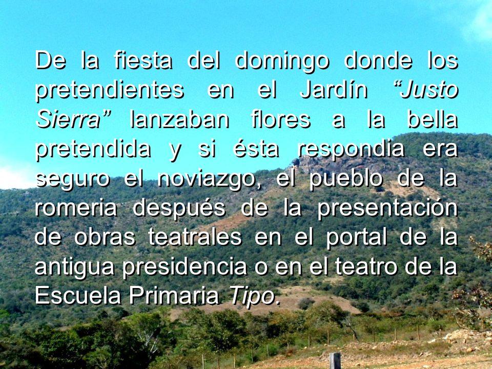 La familia de Fermín Cuevas Álvarez donde vivió y a la que a cada uno de sus hijos bautizó con un apodo por sus características físicas o intelectuale