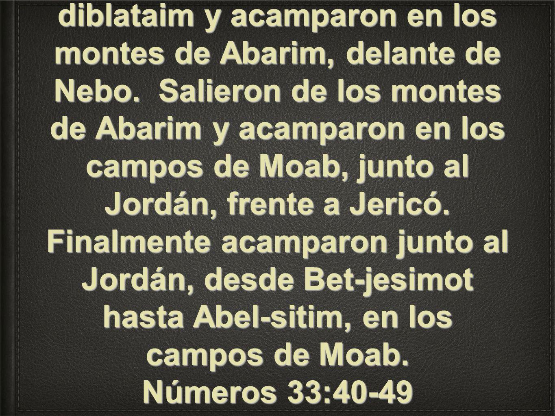 Y el cananeo, rey de Arad, que habitaba en el Neguev en la tierra de Canaán, oyó que habían venido los hijos de Israel. Y salieron del monte de Hor y